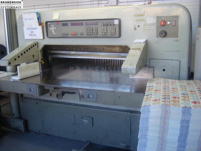polar 115 emc for sale used on stock in production worldwide rh brakensiek com Paper Cutting Machine Automatic Polar 115 Cutter